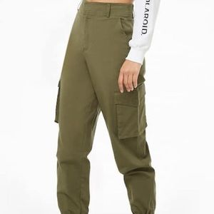 Forever21 Worn Once Large Army Green Cargo Pants